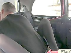 Blonde licks ass of a cab driver