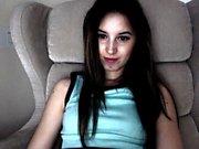 amateur monicahotlips6969 fingering herself on live webcam