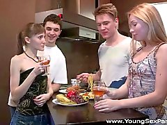 Young Sex Parties - Teen swingers fuck together