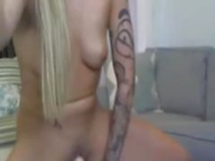 amateur tattooed teen masturbate