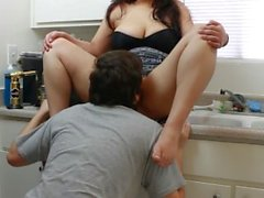 Quickie w/Daisy Dabs 4: 420 latina gets pounded in kitchen and facial