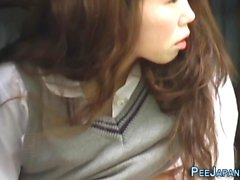 Japanese teen gushes piss