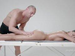 Alyssia Kent fucking massage 78