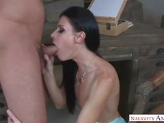 Pretty Step Mom India Summer wants help me