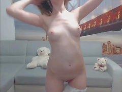 Colegiala Masturbandose en Webcam pt2