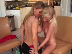 Blonde teen lesbian pussy licks stepmom