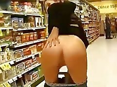 Teen Fuckmeat Flashes Sweet Pussy And Asshole In Public