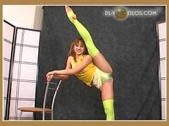 flexible girl Valentina Vladimirova