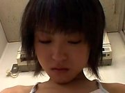 shoplifting schooluniformed Japanese girl