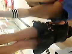 Singapore Teens Upskirt