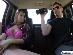 Stranded teen Jill fucked in the car