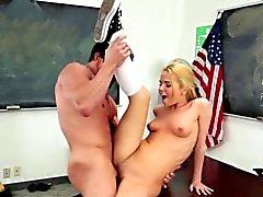 Teen pornstar gets spunk