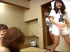 Japanese Girls Show Azusa