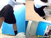 Spied teen asians urinate