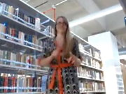 blondie shows her sexy body in the library