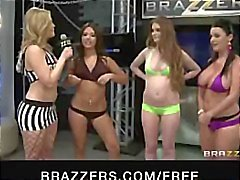 Jynx Maze, Sophie Dee, Gracie Glam, and Fay Reagan eat and bang