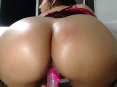 Gorgeous Teen Squirts On Webcam