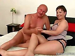Grandpa fucks a hot and chubby young girl