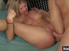 Blonde hottie got her pussy pounded