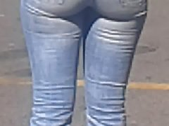 Young black woman in tight Jeans very sexy (After)