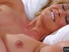 Blondes Teen Daughter with Mom Lesbianism Cherie DeVille,Alli Rae
