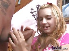 Lexi Belle is a great handjob harlot