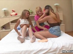 Three sexy lesbo babes toy the eager cunt