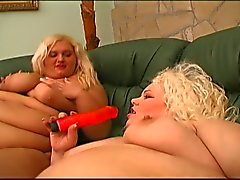 Threesome with two blonde bbws