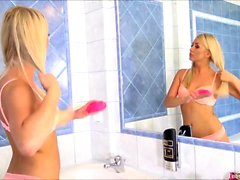 Cayla Takes A Shower Finger Pussy