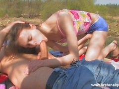 girl who loves anal gets fucked hard on an outdoor date