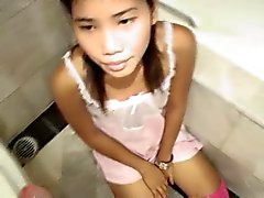 Thai Fuck toy Zoe 18 bathroom sucky sucky